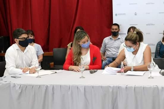 Barranqueras: Magda Ayala dio importantes anuncios económicos para la familia municipal.