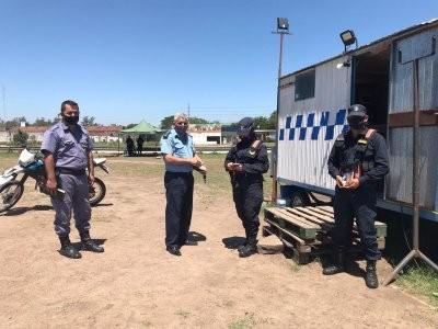 Policías y sus familiares recibieron asistencia espiritual cristiana