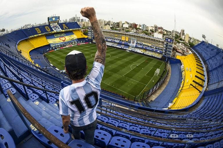 En un día cargado de emociones por Maradona, Boca le ganó con autoridad a Newell's en la Bombonera