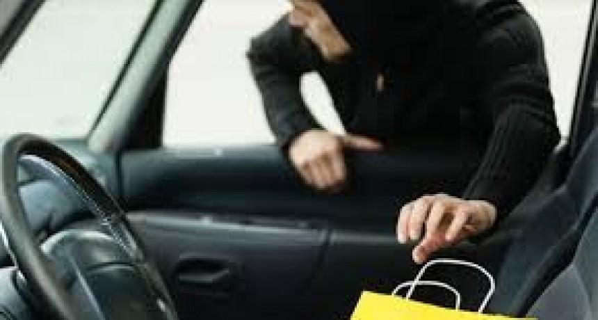 Denuncian robo en zona de Av. 25 de Mayo y calle 7