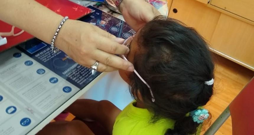 La Agrupación Mujeres al Frente se solidarizaron con una nena de 3 años del Jardín  de la Escuela Nº 2 del Bº Emerenciano
