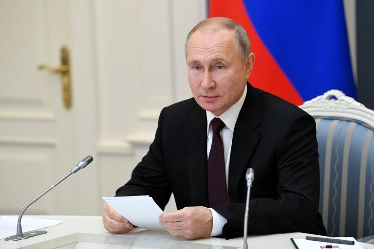 Rusia endurece sus leyes contra la libertad de expresión: censura de redes sociales y cárcel por opinar online