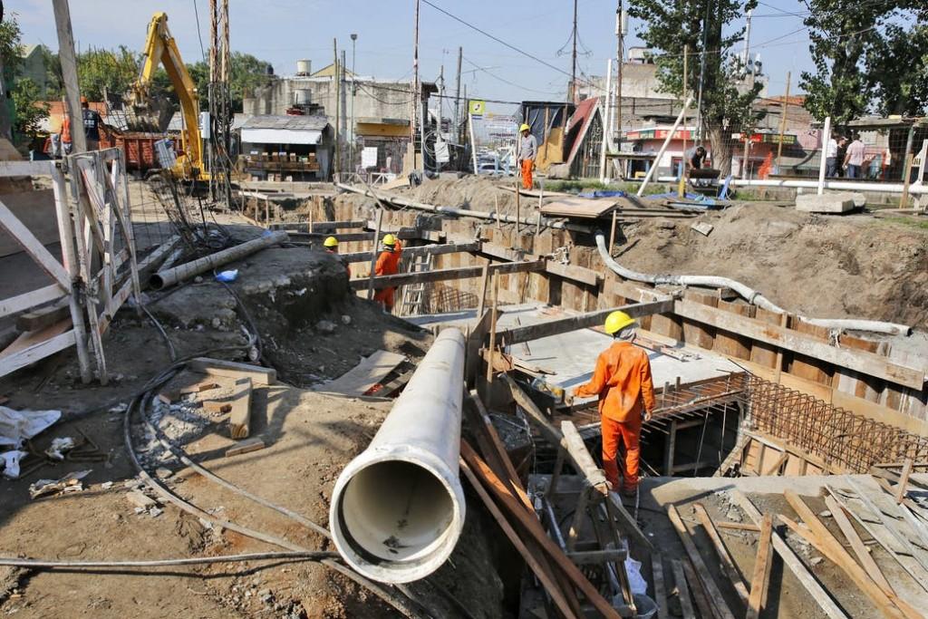 Obra pública: se desplomó la inversión y los gobernadores planean revertirlo en 2021 con envíos de la Nación